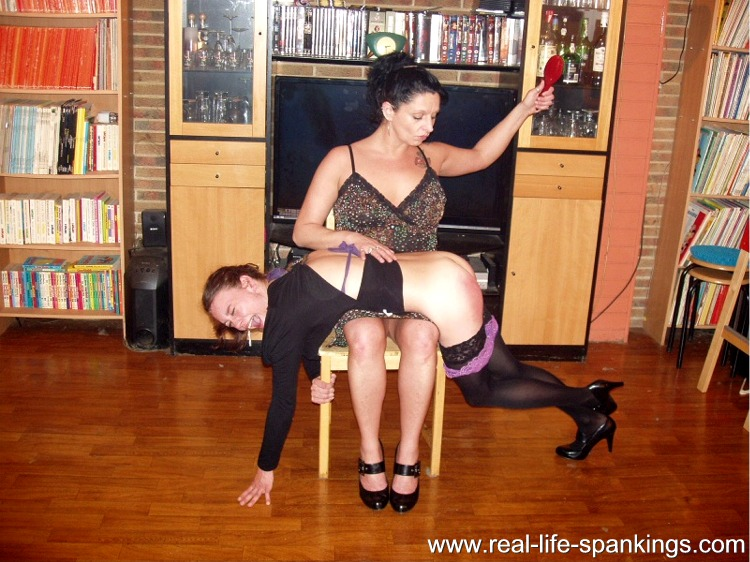 Hairbrush spankings across her knees spank story
