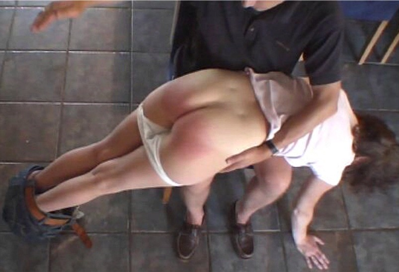Asking my girlfriend to spank me